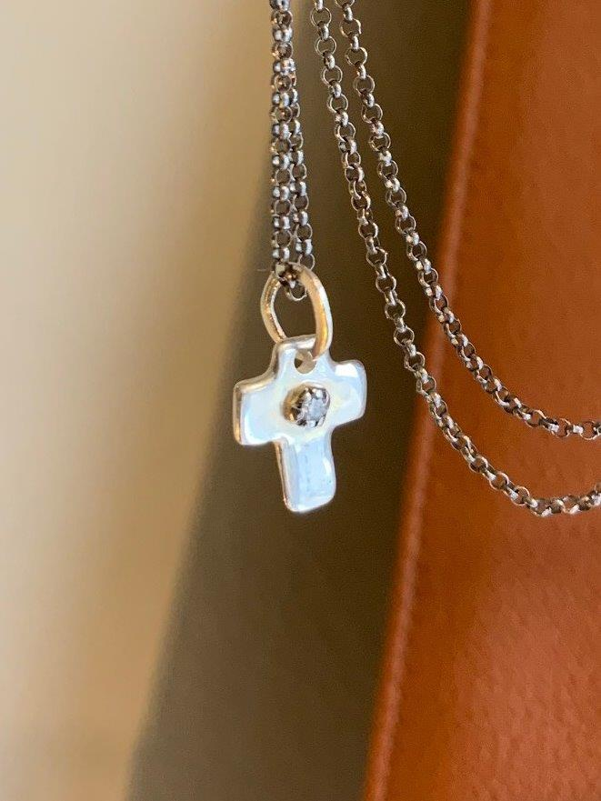 Rosa Maria Silver Cross with Diamond